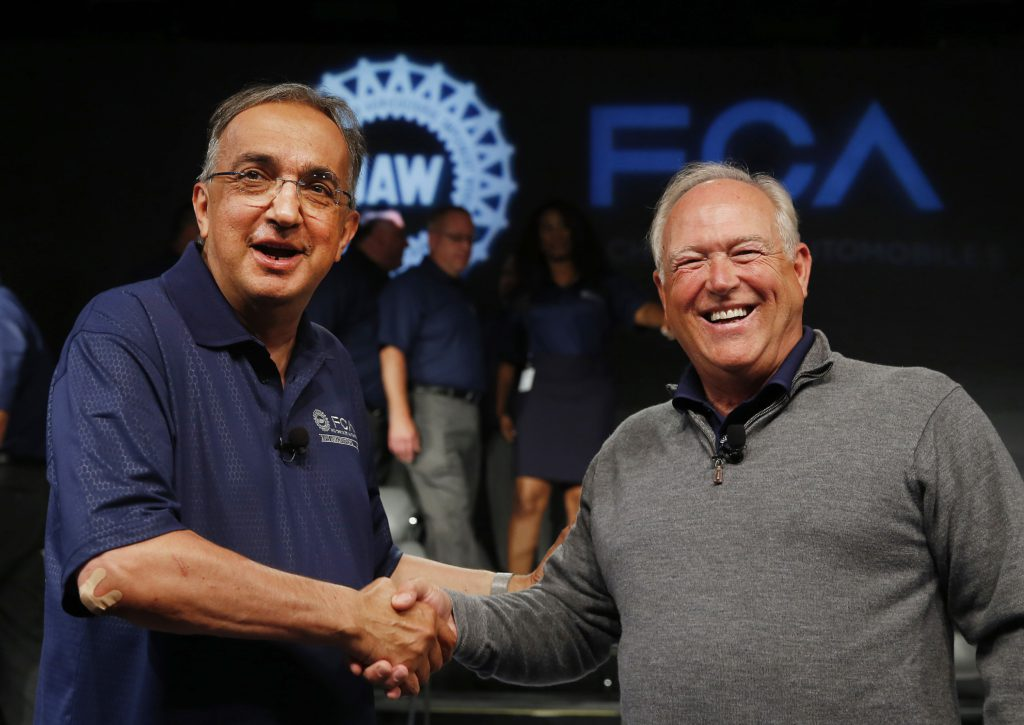 Photo of Sergio Marchionne and United Auto Workers President Dennis Williams