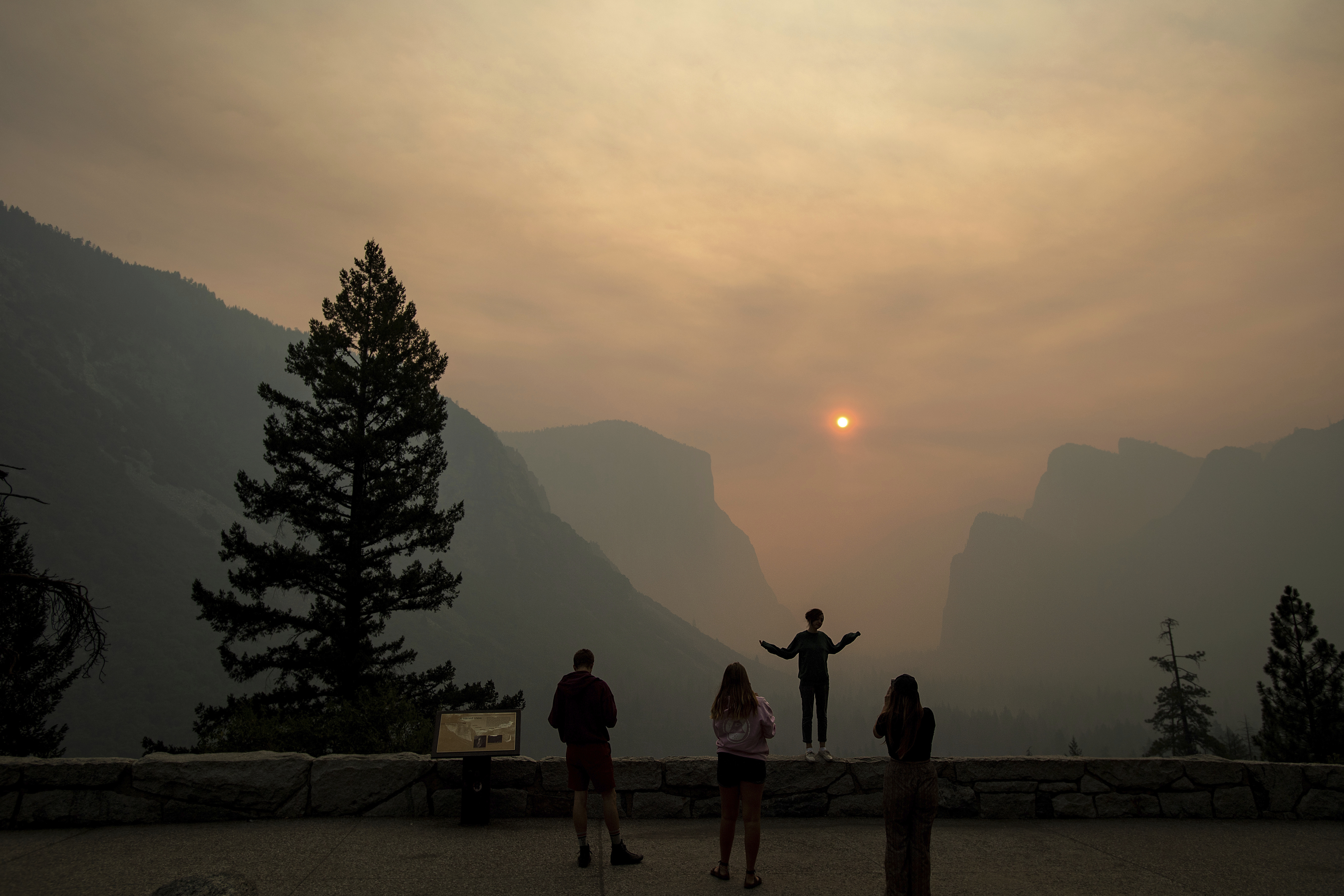 Ferguson Fire Now the Biggest in Sierra National Forest History - GV ...