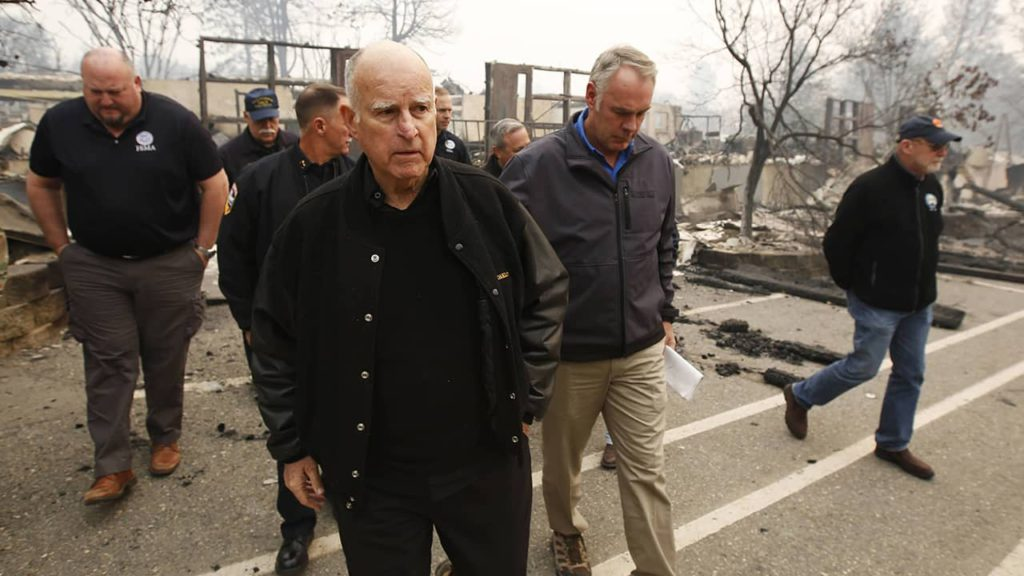 Photo of Gov. Brown and Interior Secretary Ryan Zinke