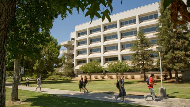 Photo of the Peters Business Building at Fresno State