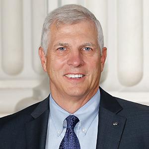 Portrait of state Sen. Tom Umberg