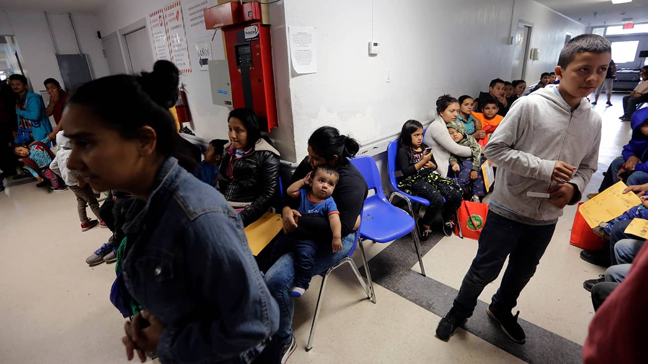 Photo of migrant families in an immigration detention center