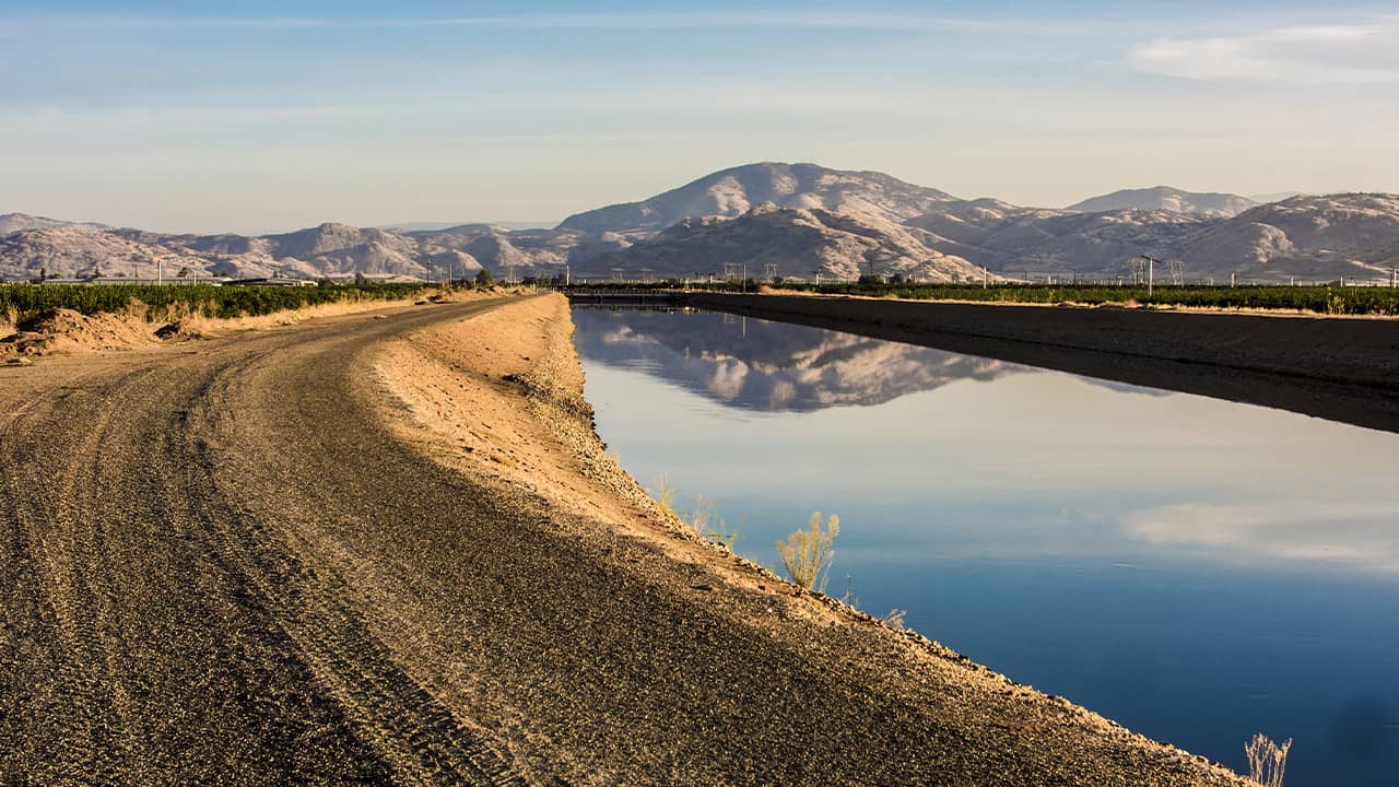Photo of Friant-Kern Canal Agriculture Landscape
