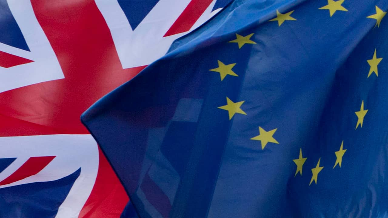 Photo of UK and EU flags