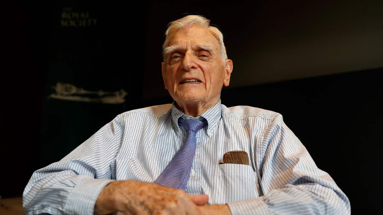 Photo of John B. Goodenough, Nobel Prize of Chemistry winner