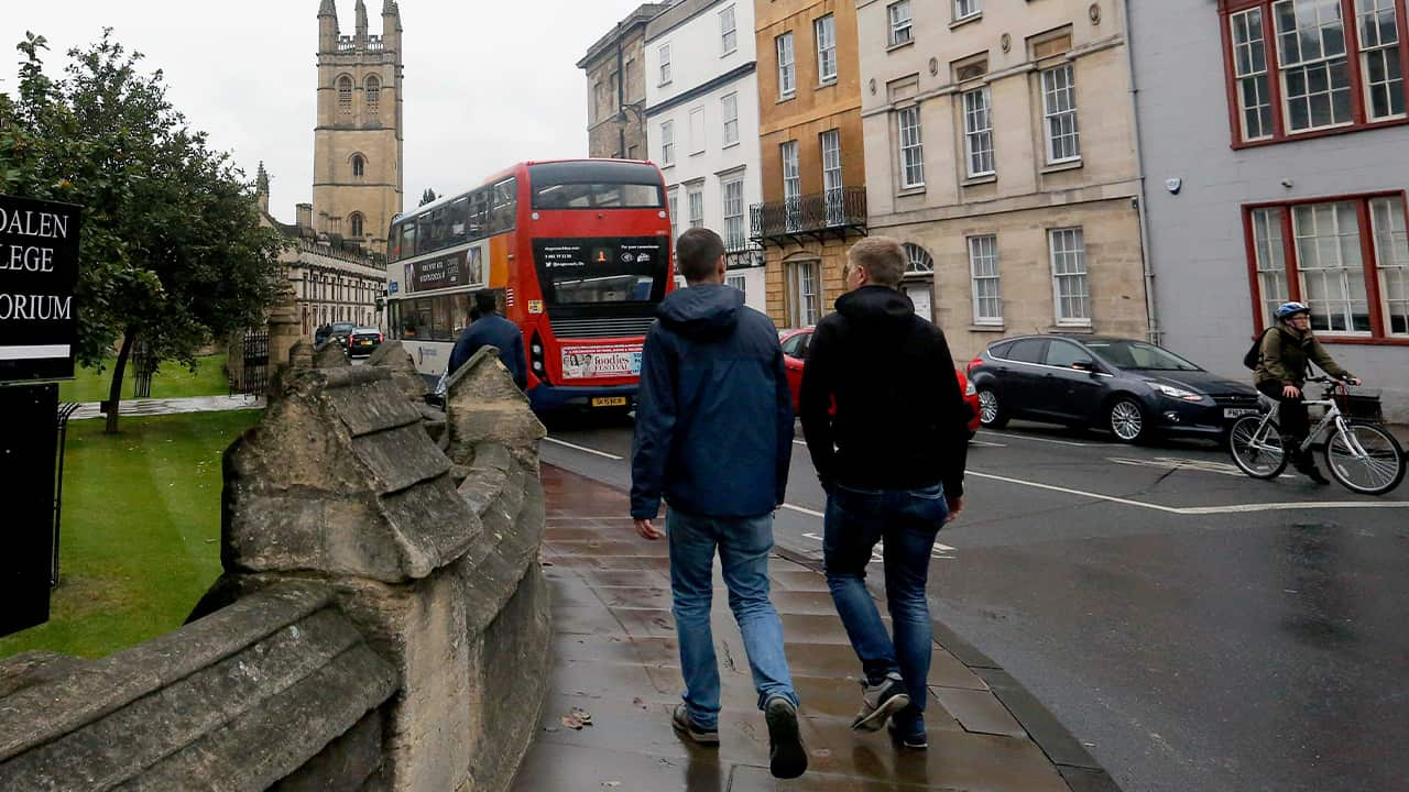 Photo of people walking around Oxford University