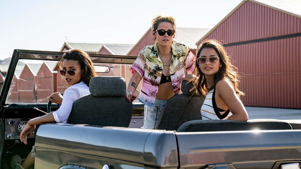 Photo of scene from Charlie's Angels