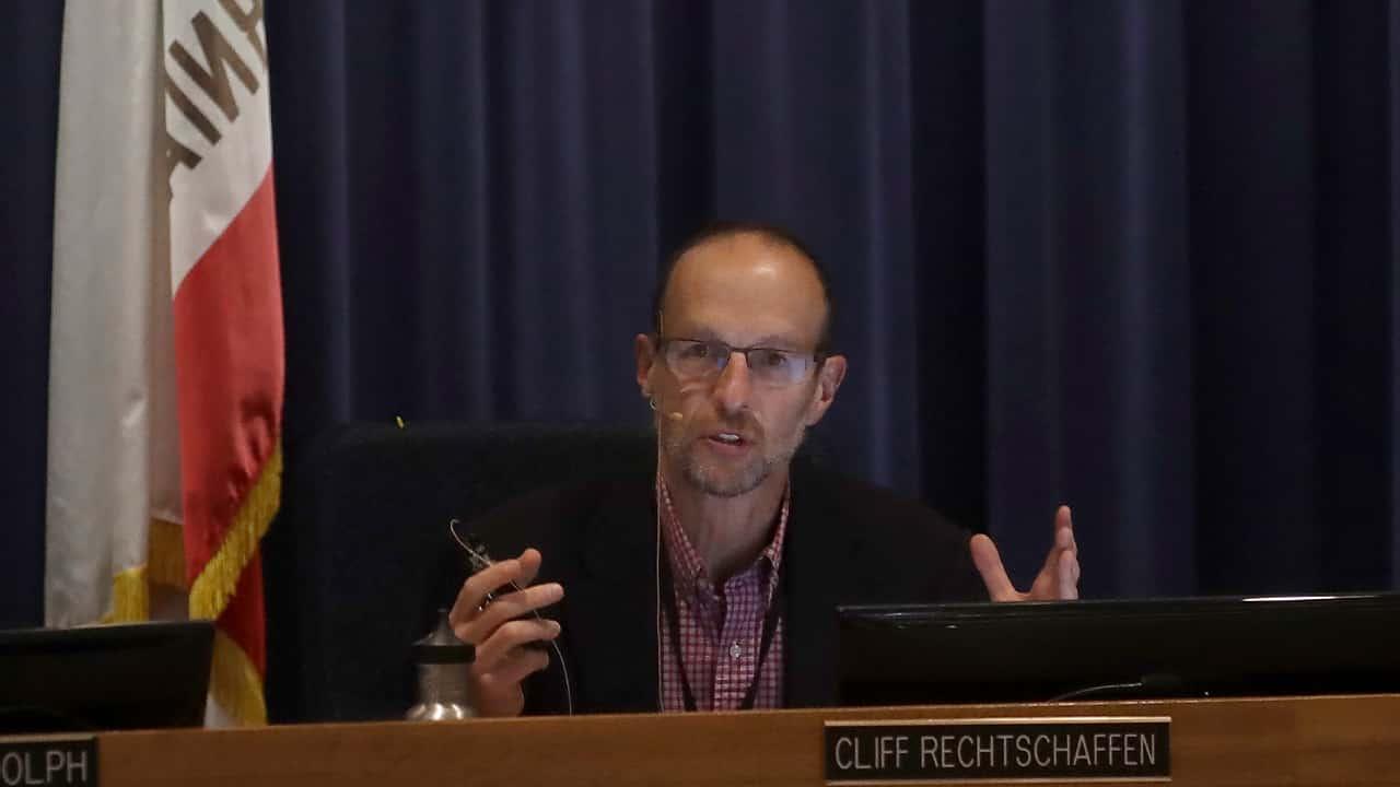 Photo of California Public Utilities Commissioner Cliff Rechtschaffen
