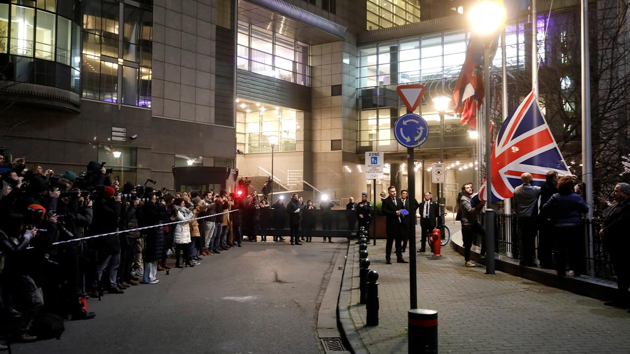 Photo of Britain's Union flag being removed from outside the European Parliament